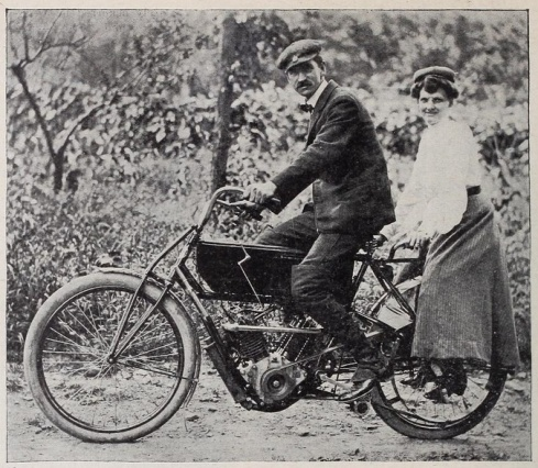 Mr. & Mrs. Glen Curtiss on a production Hercules V-twin with tandem attachment in 1904.