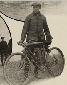 Oscar Hedstrom and his new V-twin Indian at Ormond Beach, FL in January 1905.